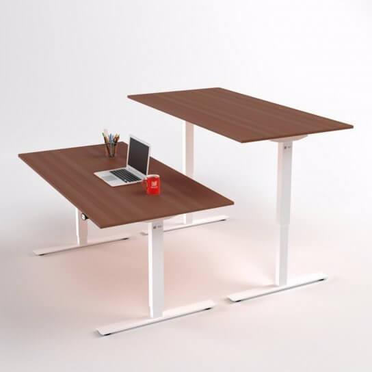 di-bas-skrivbord-hoej-och-saenkbart